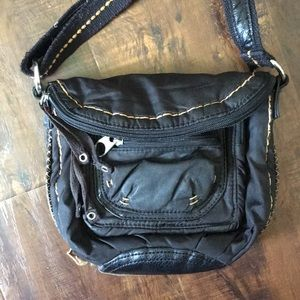 SAKROOTS Black purse